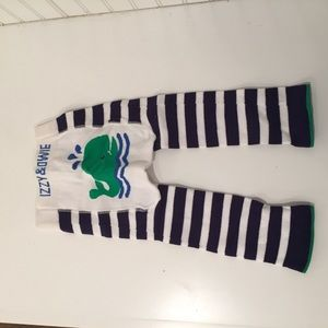 Izzy & Owie baby whale leggings 12-24mos